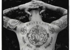Dinâmica em sala de aula: Intolerância – Os Skinheads