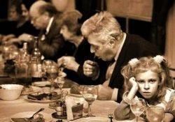 A criança na churrascaria: reflexões sobre socialização, torturas e continuísmos