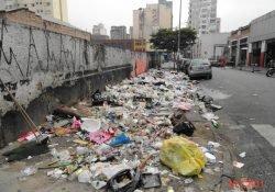 O que leva alguns moradores a depositarem indevidamente o seu lixo em frente ou ao lado de suas casas?