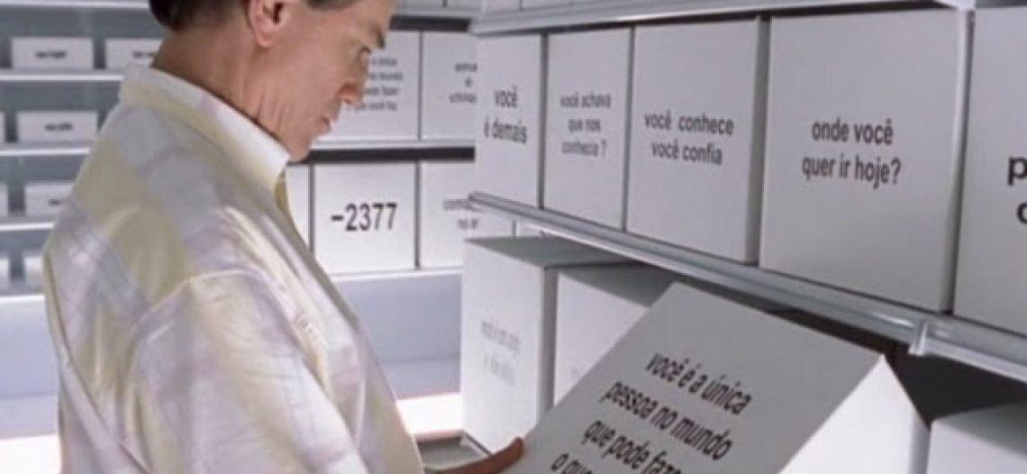 """Dica de filme sobre consumismo """"1,99 – Um Supermercado que vende palavras"""""""