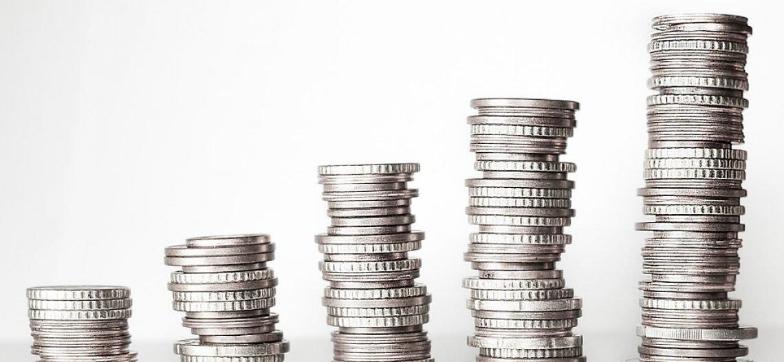 Como surgiu o dinheiro? uma breve provocação à teoria convencional e ao mito do escambo