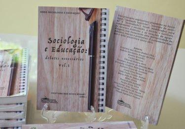 """Sorteio do livro """"Sociologia e Educação: diálogos necessários"""", vol.1"""
