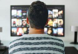 Você gosta de séries? As transformações econômicas e sociais ajudam entender o porquê